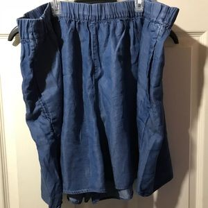 GAP Tencel elastic wait shorts